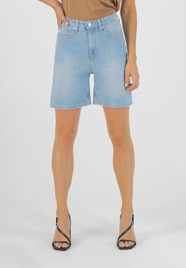 BEVERLY - Denim shorts - light blue denim