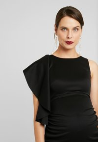 True Violet Maternity - RUFFLE PANEL BODYCON DRESS - Cocktailjurk - black - 4