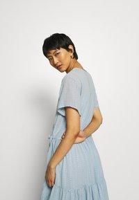 Stella Nova - LING - Denní šaty - dusty silver blue - 3