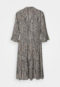 Saint Tropez - EDA DRESS - Day dress - ombre blue - 1