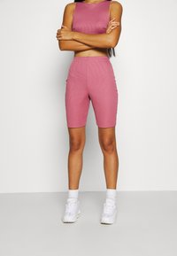 Missguided - RACER NECK CROP AND CYCLING SET - Shorts - pink - 5