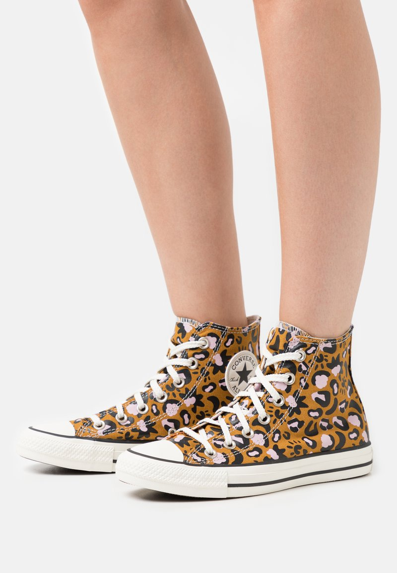 Converse - CHUCK TAYLOR ALL STAR - High-top trainers - wheat/black/pink