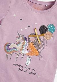 Next - 2-PACK - Print T-shirt - lilac - 4