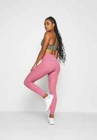 Nike Performance - ONE LUXE - Tights - desert berry/clear - 2