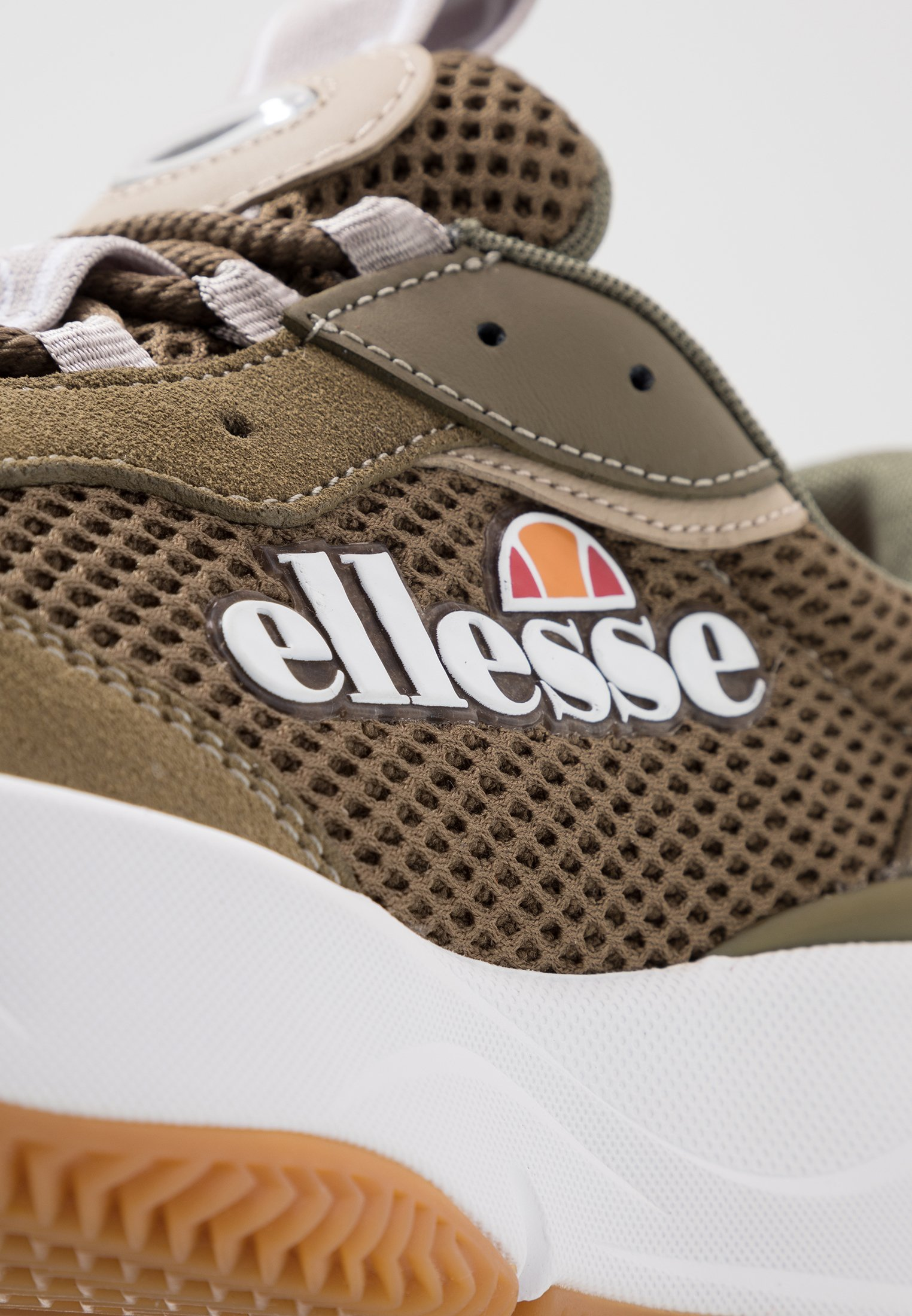 Ellesse MASSELLO Joggesko dark greenlight khakigrey