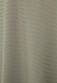 s.Oliver - KURZARM - Print T-shirt - khaki - 2
