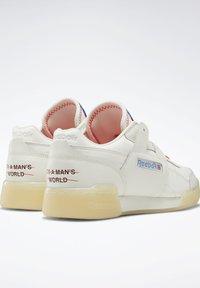Reebok Classic - Sneakers - white - 3