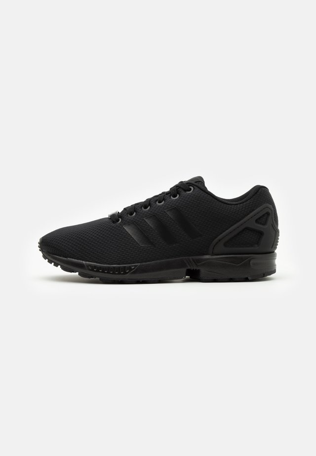 ZX FLUX UNISEX - Sneakersy niskie - core black