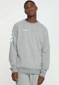 Hummel - HMLGO  - Sweatshirt - grey melange - 0