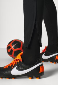 Nike Performance - NIEDERLANDE DRY SUIT - Koszulka reprezentacji - black/bright blue - 7