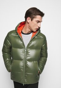 Save the duck - LUCKY - Winter jacket - thyme green - 3