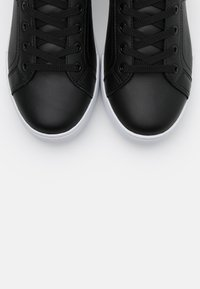 Tommy Hilfiger - BRANDED OUTSOLE STRAPPY  - Sneaker low - black - 5