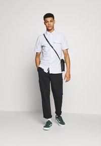 Vans - DEVON  - Hemd - white - 1