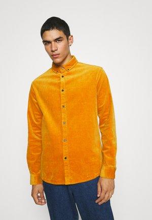 AKKONRAD SHIRT - Shirt - sunflower