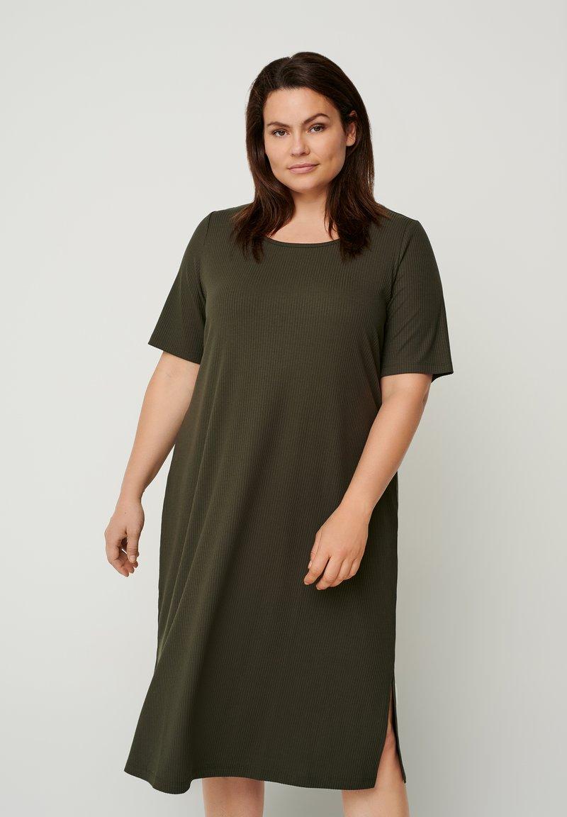 Zizzi - Jumper dress - green