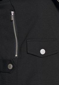 ONLY - ONLPOPTRASH MIX BIKER JACKET - Veste en similicuir - black - 4