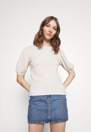 VMMILINA - T-shirt basic - birch