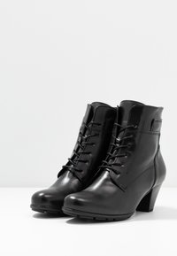 Gabor - Lace-up ankle boots - schwarz - 4