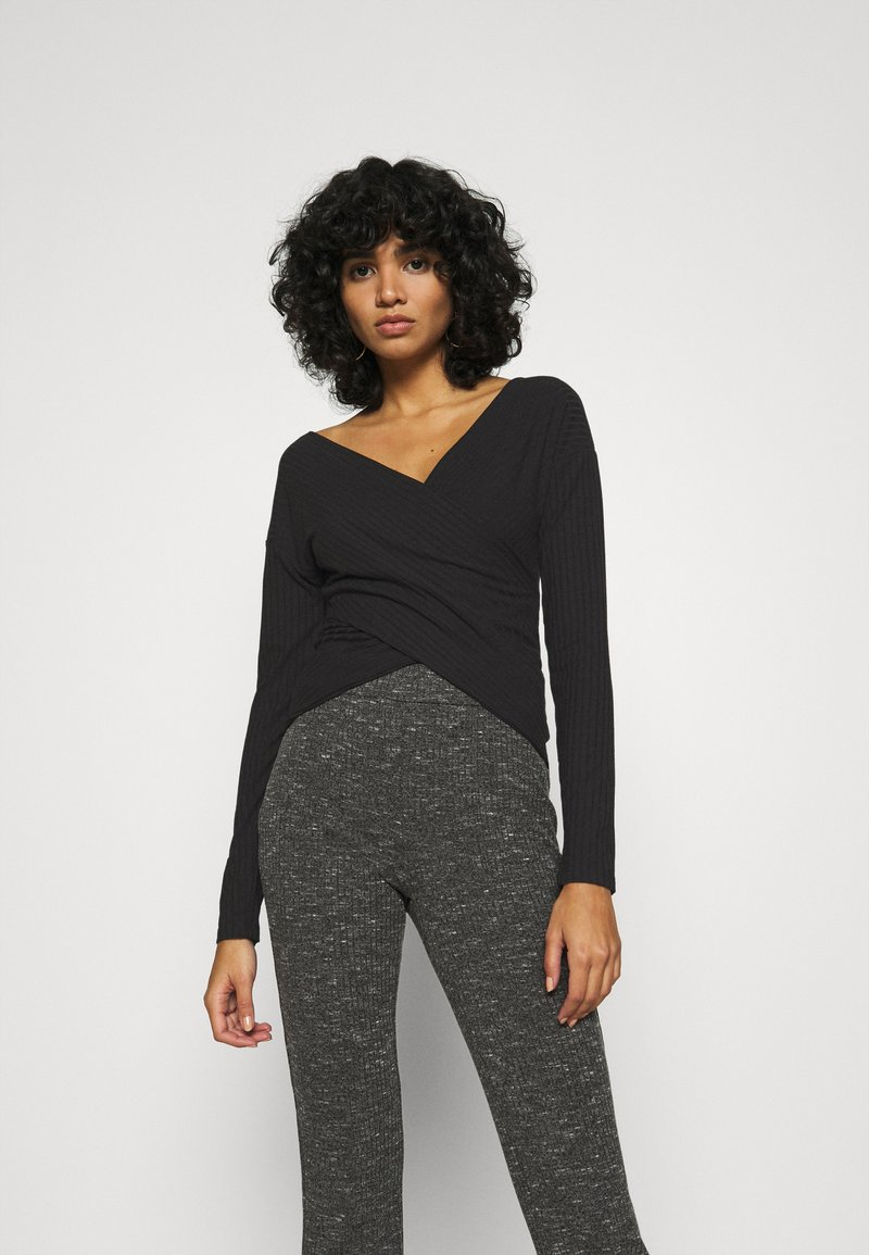 Nly by Nelly - CRISS CROSS SHOULDER - Long sleeved top - black