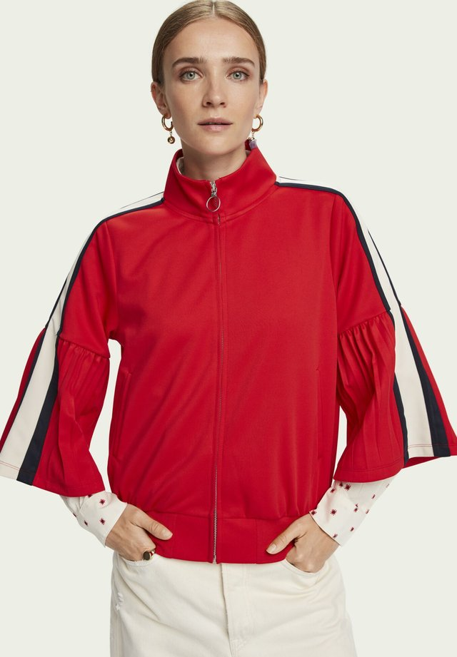 Training jacket - reef red
