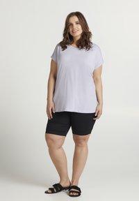 Zizzi - T-shirt basic - light purple - 1