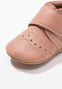 Bisgaard - PETIT HOME SHOE - Slippers - nude - 2