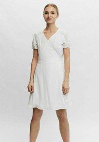 Vero Moda - WICKEL - Day dress - cloud dancer - 0