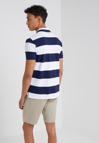 Polo Ralph Lauren - SLIM FIT - Polo shirt - white/newport navy - 2