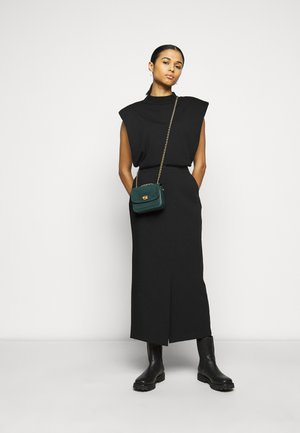 POCKET MADISON SHOULDER BAG - Across body bag - forest