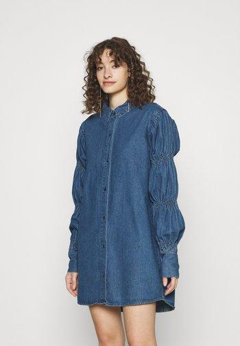 ELASTICATED PUFF SLEEVE DRESS - Denim dress - blue