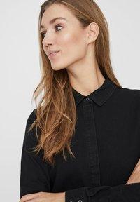 Vero Moda - Denim dress - black - 3