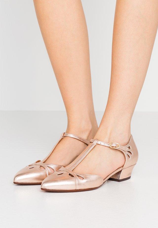 RUMIT - Classic heels - shaddai nude