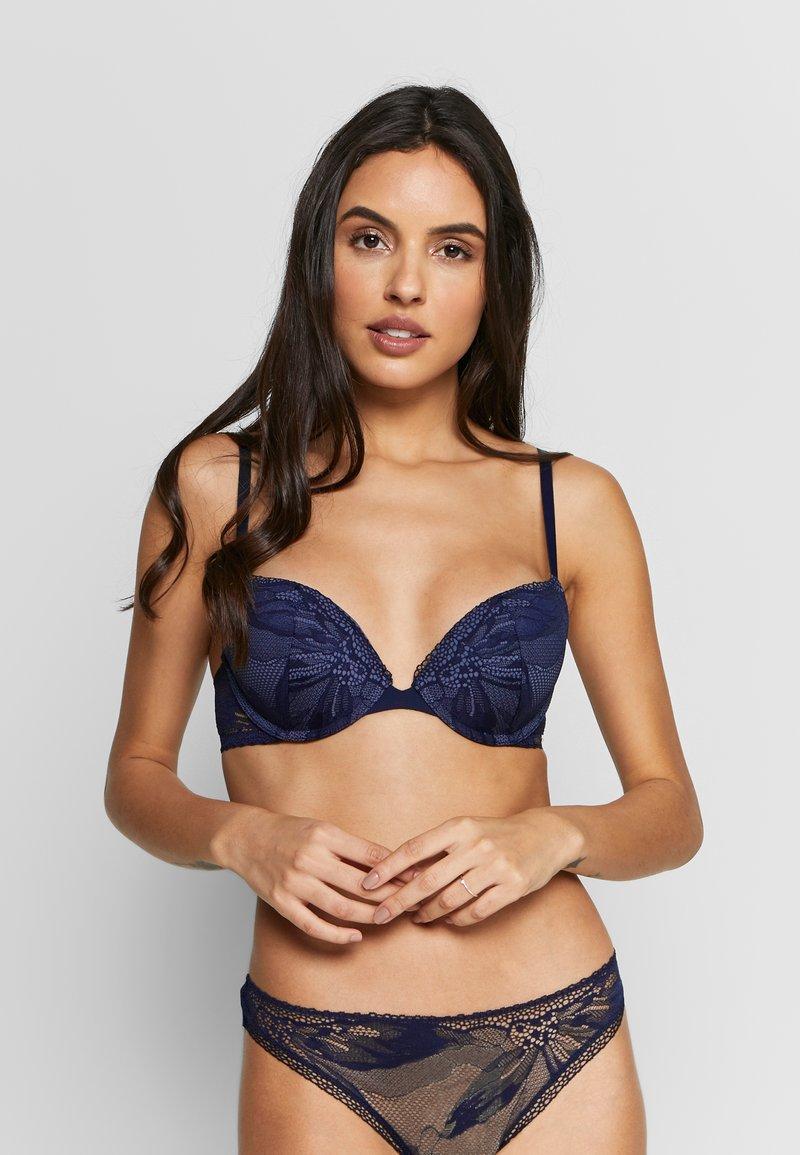 Calvin Klein Underwear - PETAL PUSH UP PLUNGE - Push-up BH - dark blue