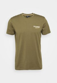 Hummel - HMLKIRBY - T-shirt med print - burnt olive - 4