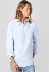 Scalpers - POLERA  - Shirt - sky blue - 0