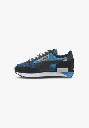 Walkingschuh - digi-blue-dresden blue