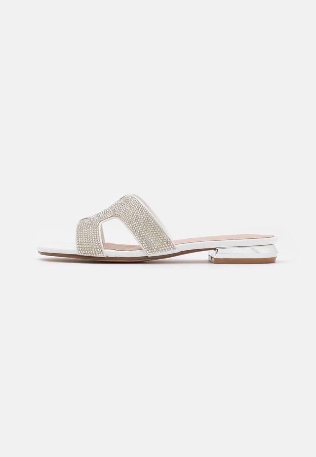 AGATA  - Sandaler - white