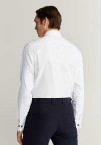 Mango - MASNOU - Business skjorter - white - 2