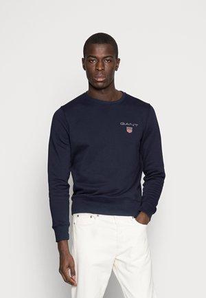 MEDIUM SHIELD CNECK - Sweatshirt - evening blue