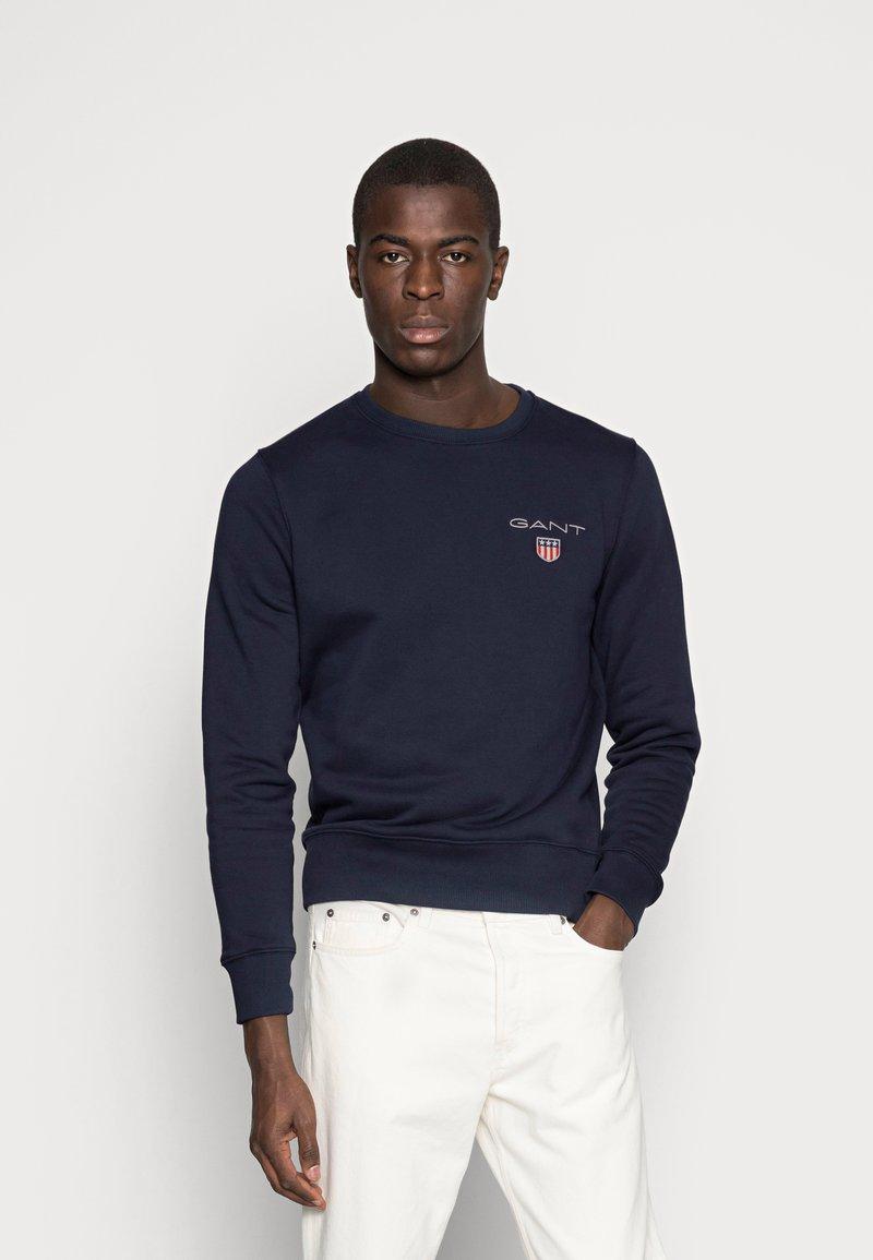 GANT - MEDIUM SHIELD CNECK - Sweatshirt - evening blue
