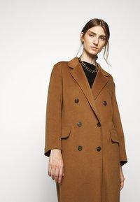 WEEKEND MaxMara - TORBOLE - Classic coat - karamell - 4