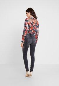Esprit - SHAPI - Jeans Skinny Fit - grey - 2