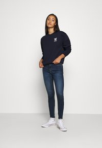 Tommy Jeans - NORA - Jeans Skinny Fit - knox dark blue - 1