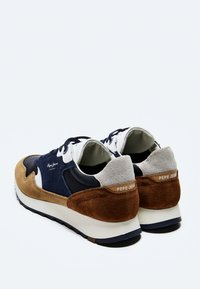 Pepe Jeans - SLAB SUMMER - Sneakers - cognac - 3