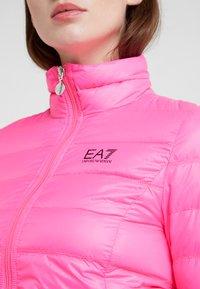 EA7 Emporio Armani - TRAIN CORE LADY - Dunjakke - neon pink / black - 6