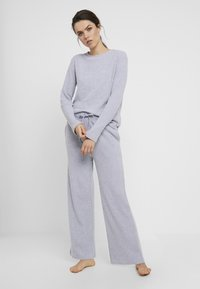 Anna Field - Cosy rib wide leg set - Pyjama set - grey - 1