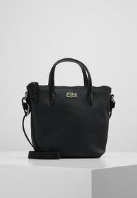 Lacoste - SHOPPING CROSS BAG - Handbag - black - 0