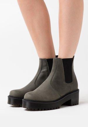 ROMETTY - Platform ankle boots - slate maldova
