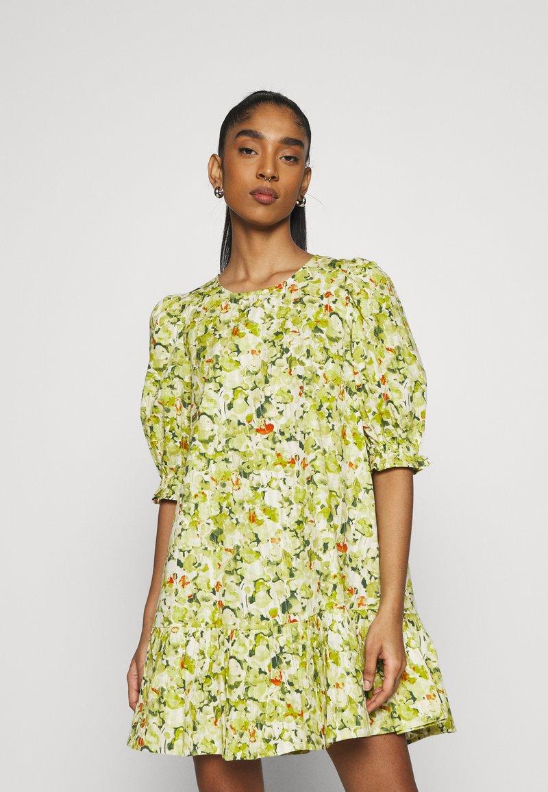 Monki - MILLIE DRESS - Day dress - grassy