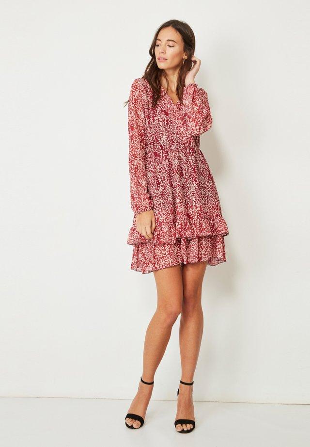 Vestido informal - rojo, beige